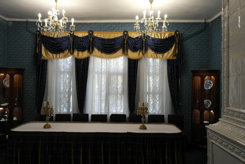 18-dining-room-in-the-volkonskys-museum-house