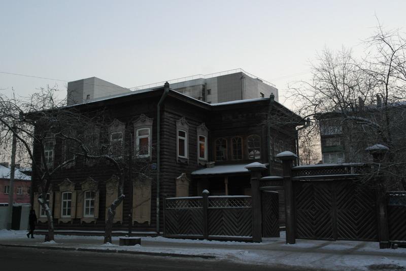 19-sierlijk-houten-woonhuis