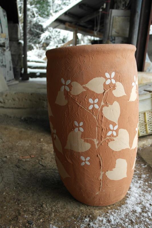 17-pottery-met-natuurlijke-decoratie