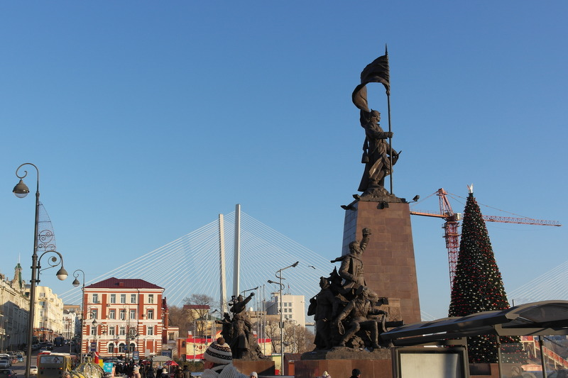21-monument-october-revolutie-1917-1922