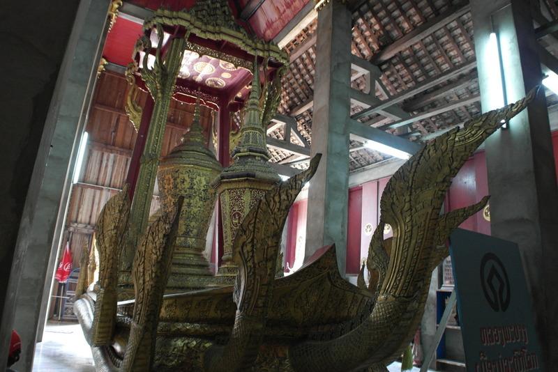 15-naga-boat-begrafenis-wagen