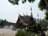 12-de-wat-xieng-temple-naast-de-hoofd-temple-zijn-verschillende-kleine-tempels-kapelletjes-en-stoepas-die-oude-boeddha-beelden-bevatten