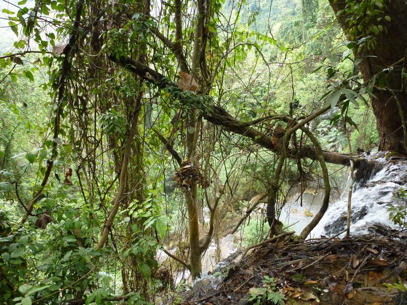 107-regelmatig-is-de-waterval-zichtbaar