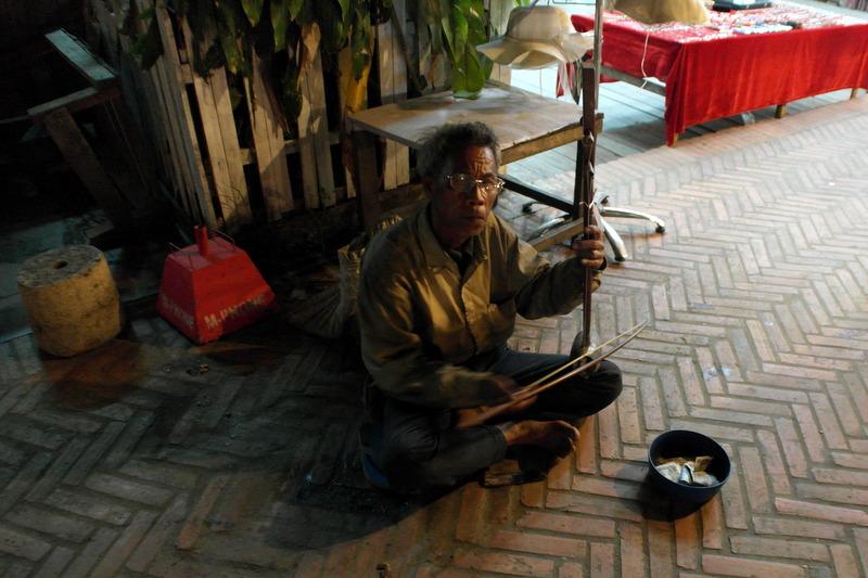 318-deze-muzikant-maakt-het-nog-sfeervoller