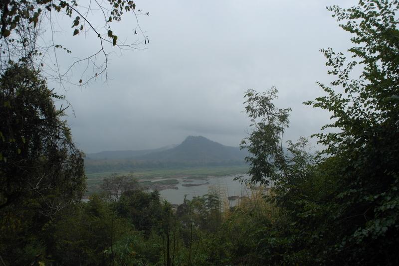 31-en-even-stilstaan-uitzicht-vanaf-nam-ou-mountain