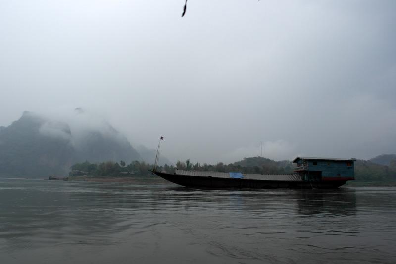 43-over-de-mekong-river