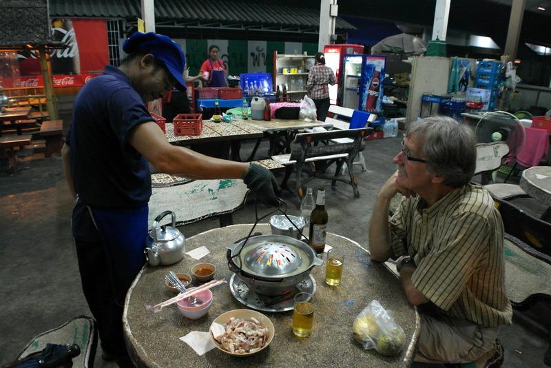 06-klaar-voor-gebruik-en-zorg-ervoor-dat-de-rand-met-bouillon-gevuld-blijft-tijdens-het-bakken