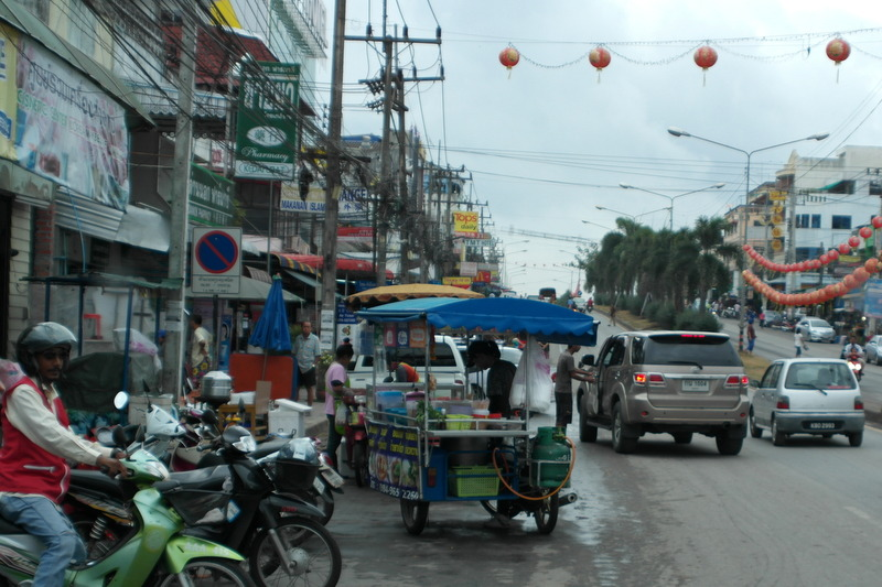 a02-aankomst-in-thailand-net-over-de-grens-bukit-kayu-hitam-sadao