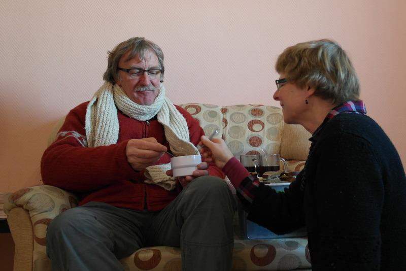 21-2012-11-29-ontbijten-op-onze-kamer-in-motel
