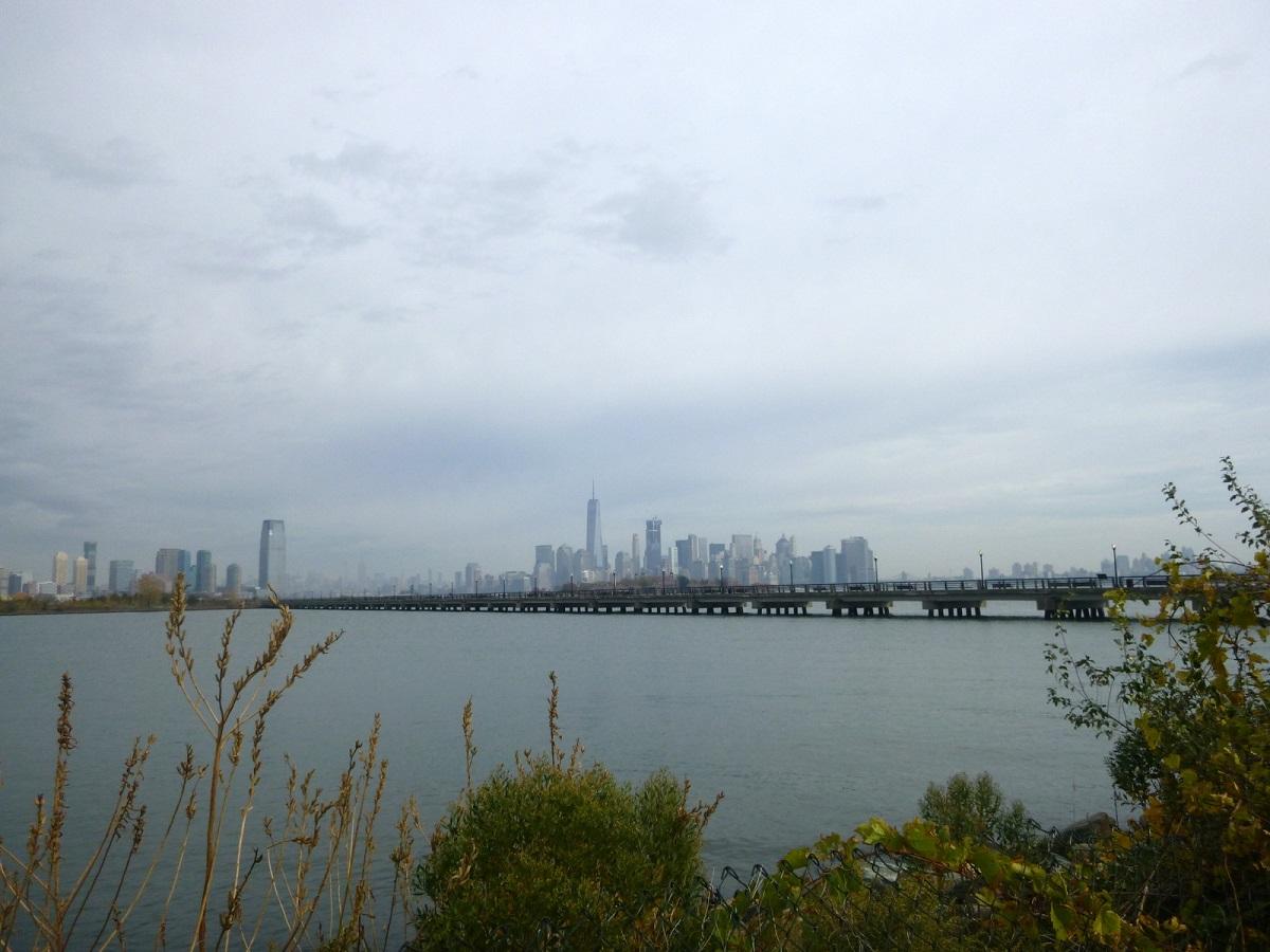 27 zicht op New York City vanaf New Yersey Liberty State Park