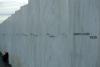 20 uitzicht op de muur met de 40 namen van de 33 passagiers en 7 bemanningsleden. Geen overlevenden van de kaping ( 4 kapers) en laatste vlucht van Flight 93