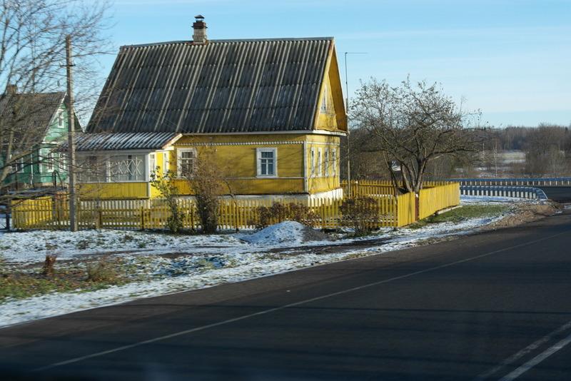 22-karakteristieke-kleur-houten-huizen-onderweg-naar-st-petersburg