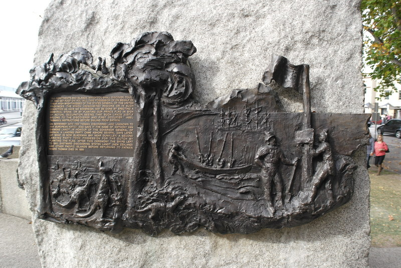 206-tasman-gaf-het-eiland-nu-tasmanie-de-naam-van-diemensland-tijdens-zijn-verkenning-in-australische-wateren-1642