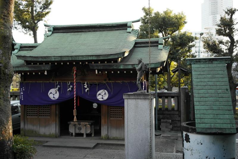 112-een-tempeltje-in-de-buurt