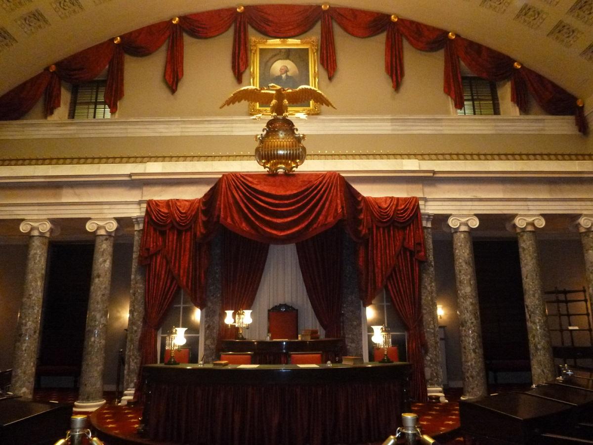 "16 de ""Old Senate Chamber"""